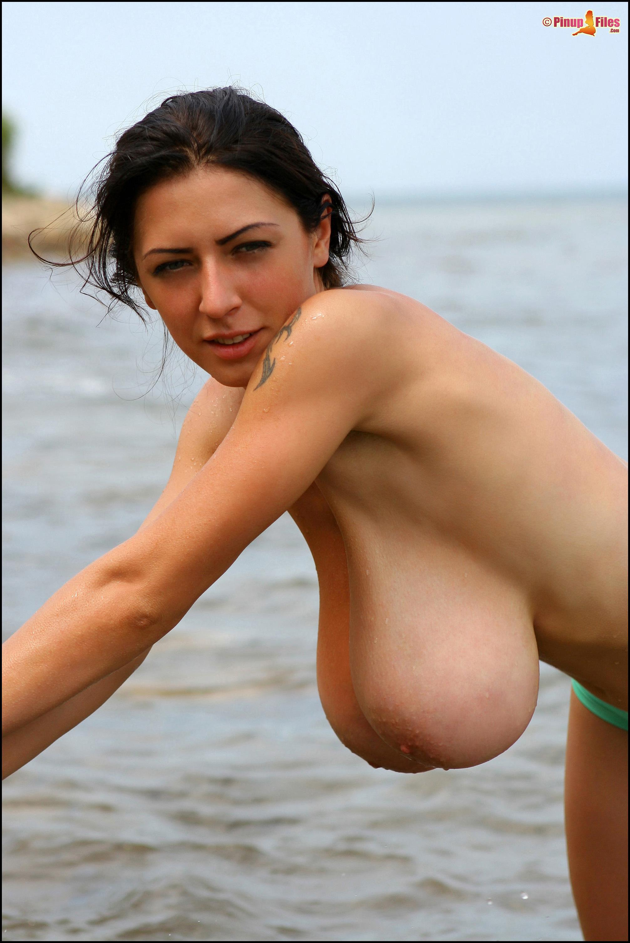 Big Breast Archive: anyazenkova