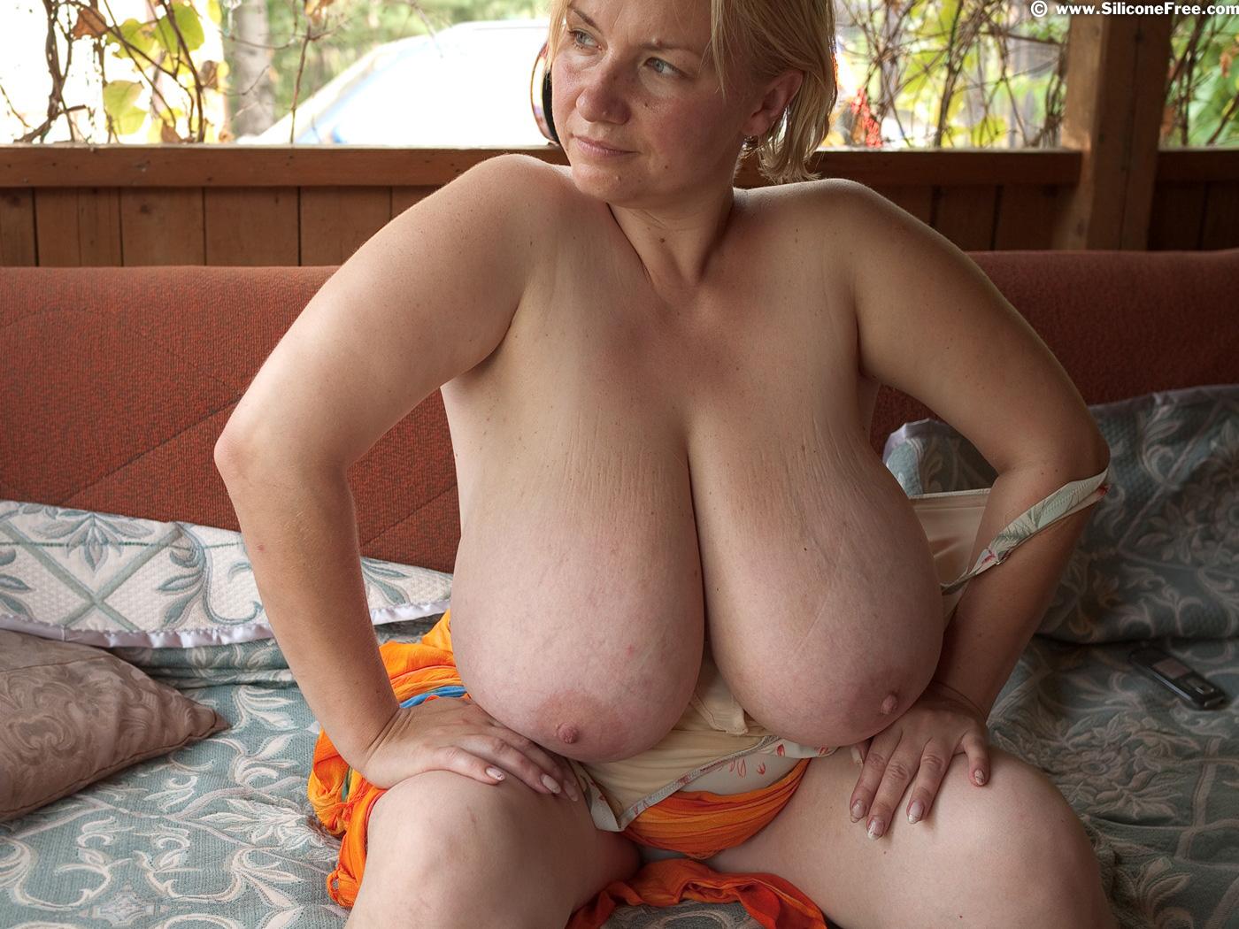 Sexy hot nude grandma